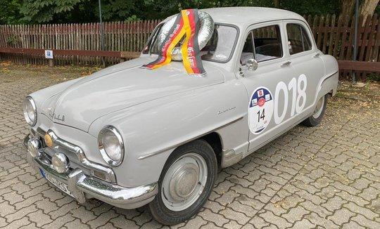 Simca Aronde 9 wird zum 2. Rallye-Sieger